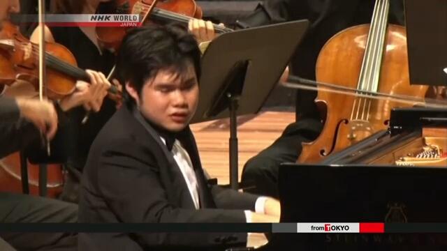 Известный японский пианист выступил с российским оркестром во Владивостоке