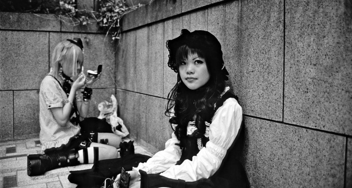 Четыре тенденции моды, которые изменили историю Японии: от Лолиты до Гяру и многое другое