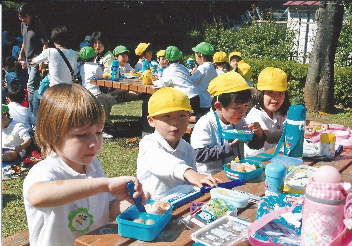 Воспитание через культуру питания в японском детском саду