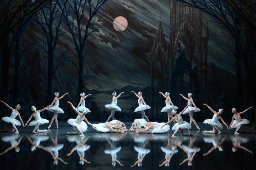 «Лебединое озеро» закрыло XII Фестиваль российской культуры
