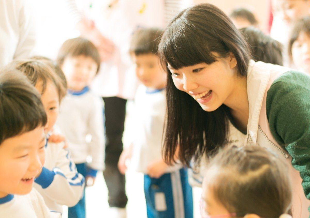 Воспитатель японского детского сада: квалификационные требования, профессиональная подготовка и повышение квалификации