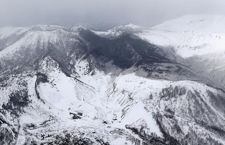 СМИ: один человек погиб при извержении вулкана в Японии