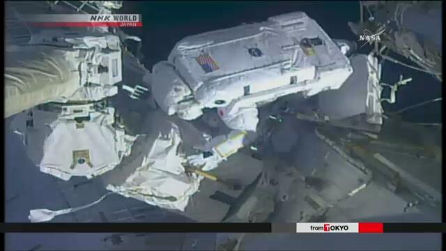 Японский астронавт Норисигэ Канаи совершил первый выход в открытый космос