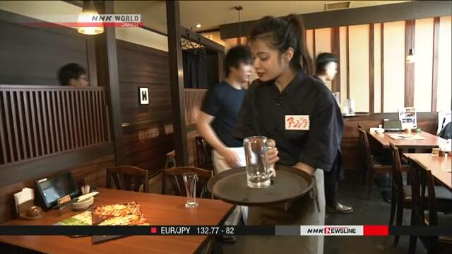 Правительство Японии рассмотрит возможность приема большего числа иностранных работников