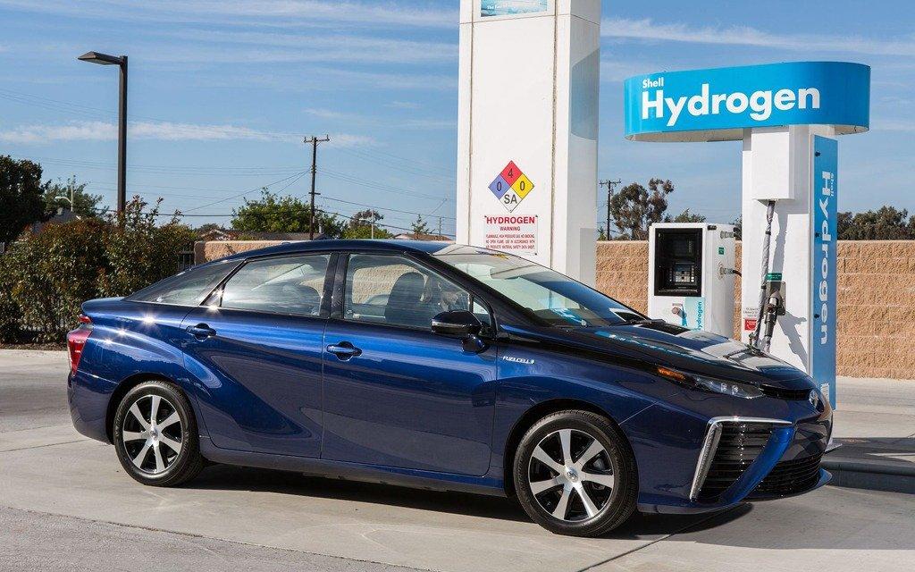 Toyota, Honda и другие фирмы учредили совместное предприятие по созданию водородных заправочных станций