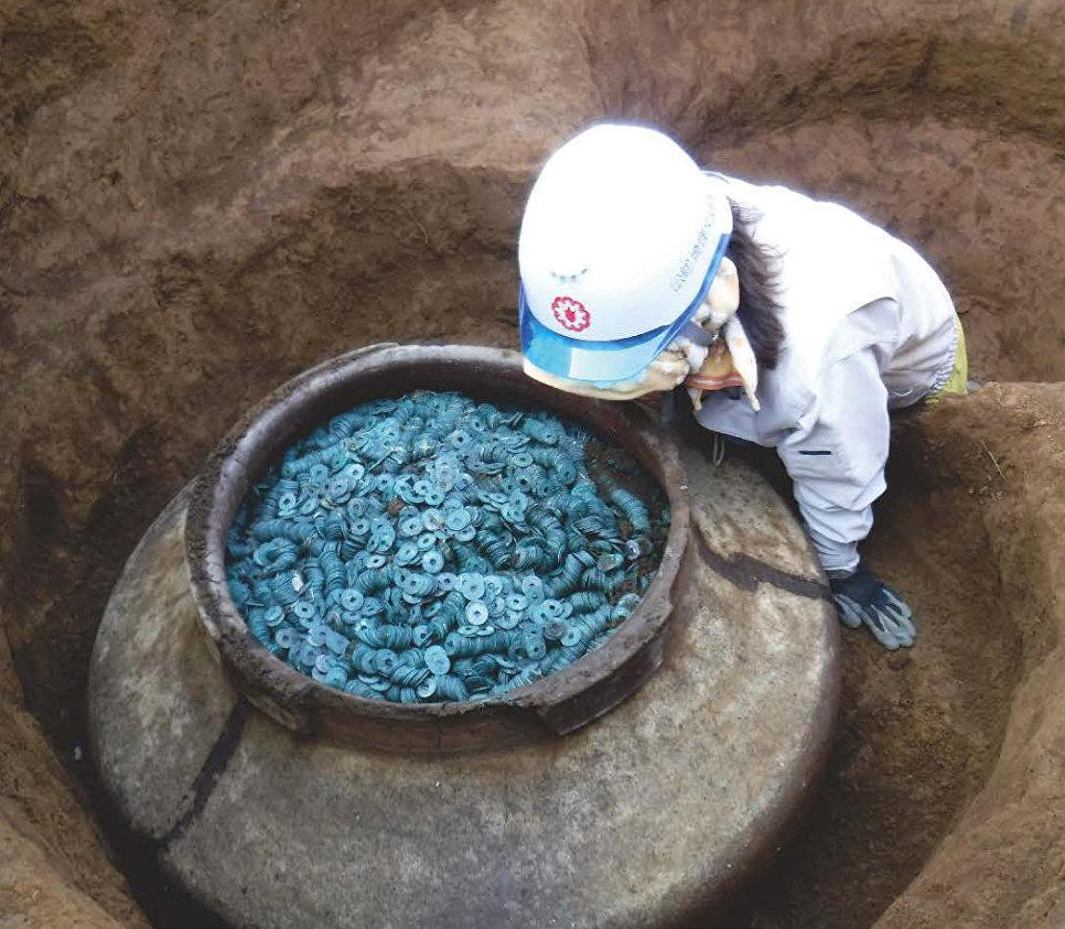 СМИ: в Японии нашли один из крупнейших в истории страны кладов