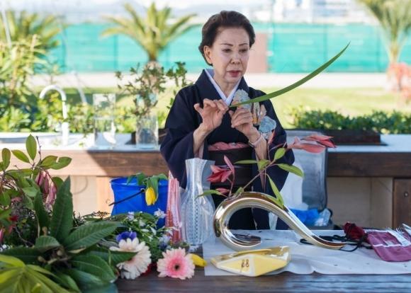 Профессор икебаны Ямада Мидори стала покровительницей сада сакуры в Сочи