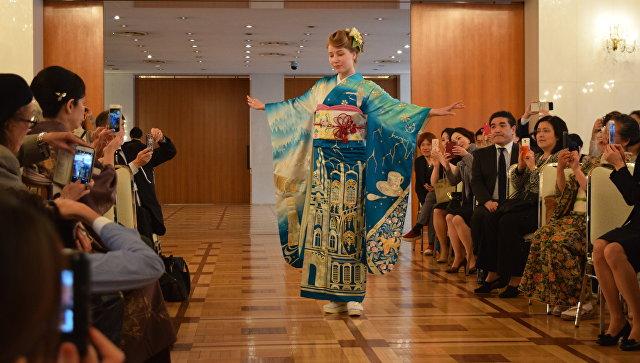 В Токио презентовали кимоно для представления России на Олимпиаде-2020