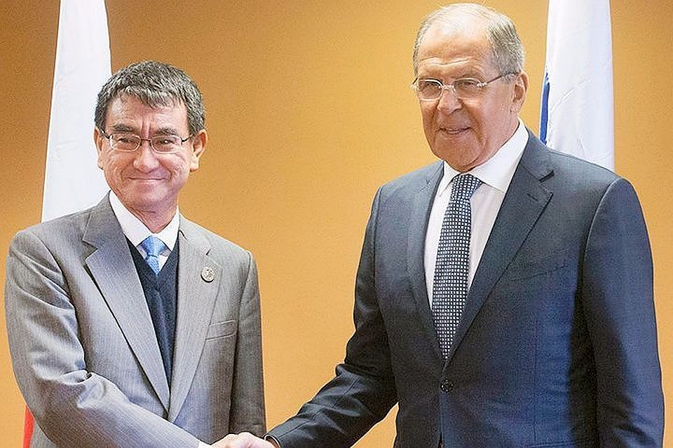Лавров призвал Токио строго следовать договоренностям Путина и Абэ по мирному договору