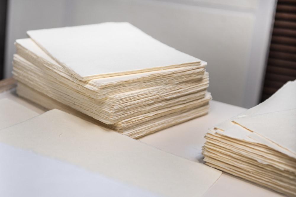 В Париже проходит выставка произведений искусства из японской бумаги «васи»
