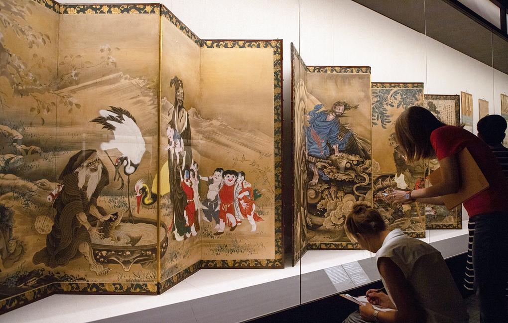 Мастер-классы по примерке кимоно прошли в рамках Дня культуры Японии в Москве