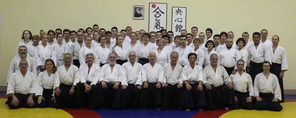 Традиционный учебно-тренировочный семинар по айкидо, посвящённый 35 годовщине клуба Оосинкан под руководством инструктора Всемирного центра айкидо Таканори Курибаяси (7 дан, Сихан)