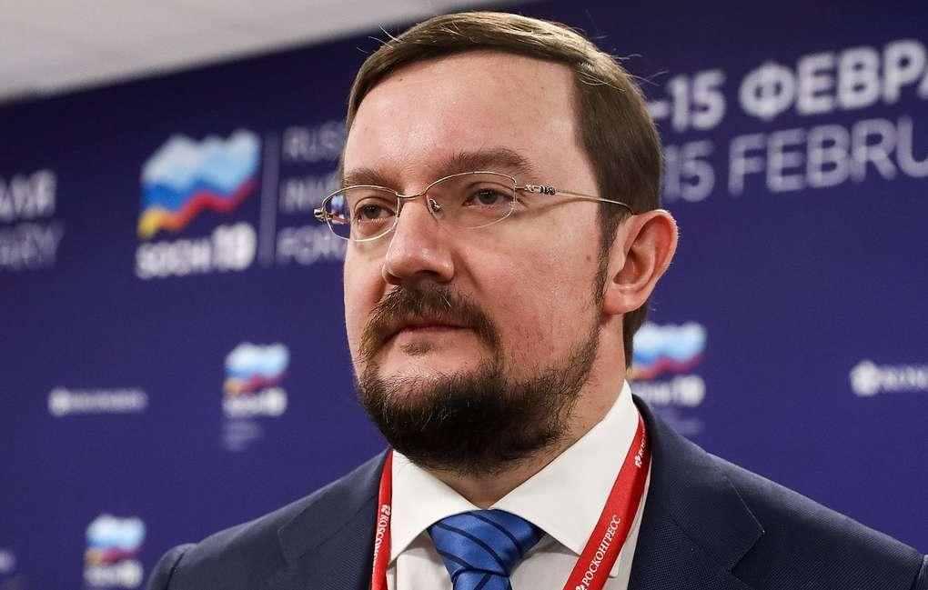 Репик: подписание мирного договора РФ и Японии помогло бы развитию экономических связей