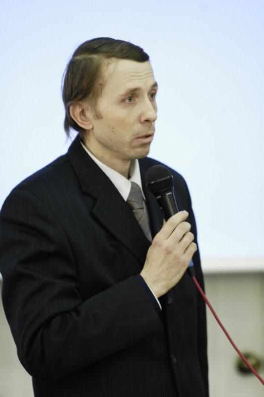 Председатель ОВЦС вручил церковную награду российскому дипломату