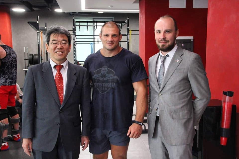 Министр, Заведующий информационным отделом Посольства Японии в России Тосио Ямамото посетил Академию единоборств РМК в Екатеринбурге и лично оценил спортивный комплекс