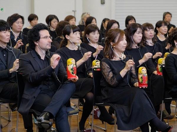 Сеанс одновременной игры на 289 матрёшках. Самый петербургский музыкальный инструмент терменвокс установил новый рекорд Гиннесса в Японии