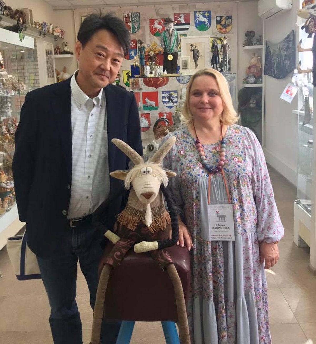 Профессор из Японии приехал в Тверь и стал «Заслуженным Козлом»