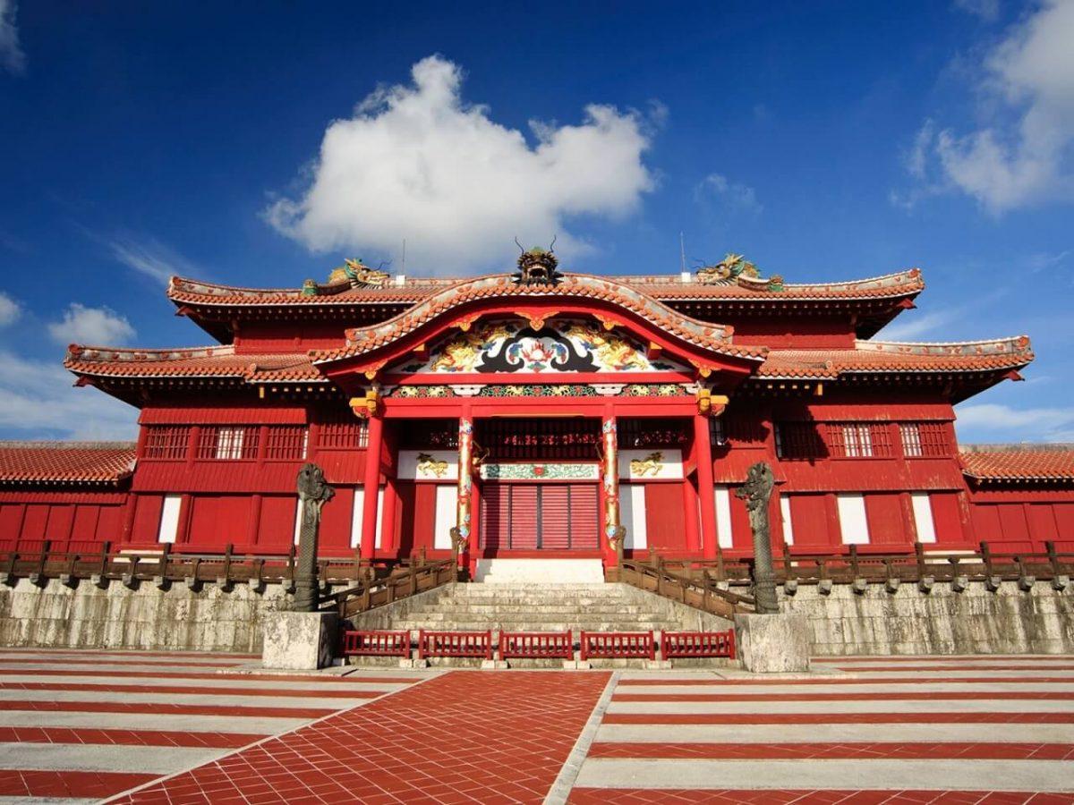 Власти Японии восстановят уничтоженный пожаром древний замок из списка ЮНЕСКО