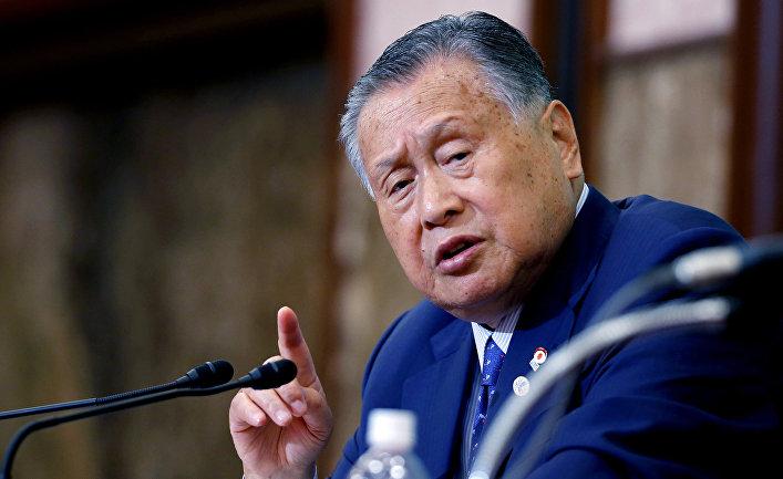 Экс-премьер Японии, входивший с Лужковым в Совет мудрецов, соболезнует его кончине