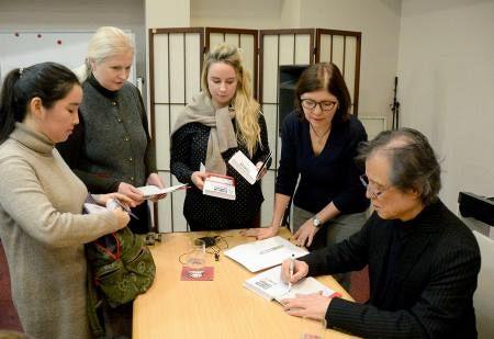 Россияне знакомятся с японским детективным жанром: в Москве состоялась лекция известного японского писателя Содзи Самада (Hokkaido Shimbun, Япония)
